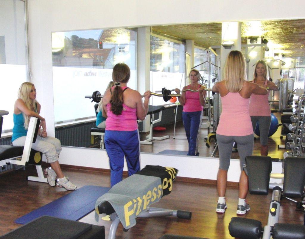 Frauen im fitness kennenlernen